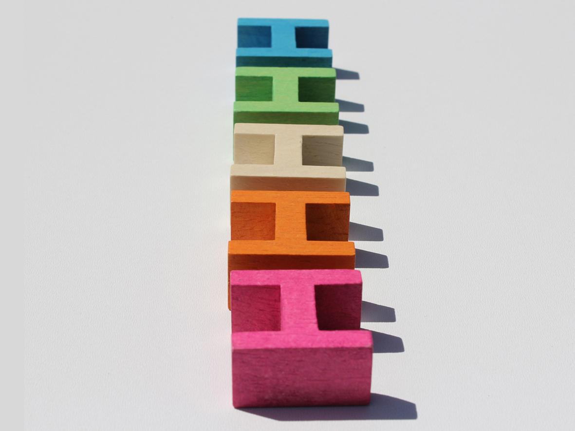 luco wooden H blocks