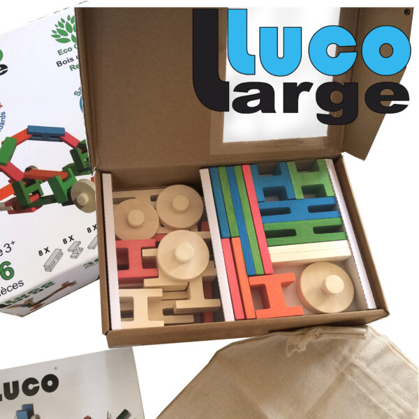 Luco Large Packaging Box Mooie Eco blokken. Large Construction blocks rubber wood.